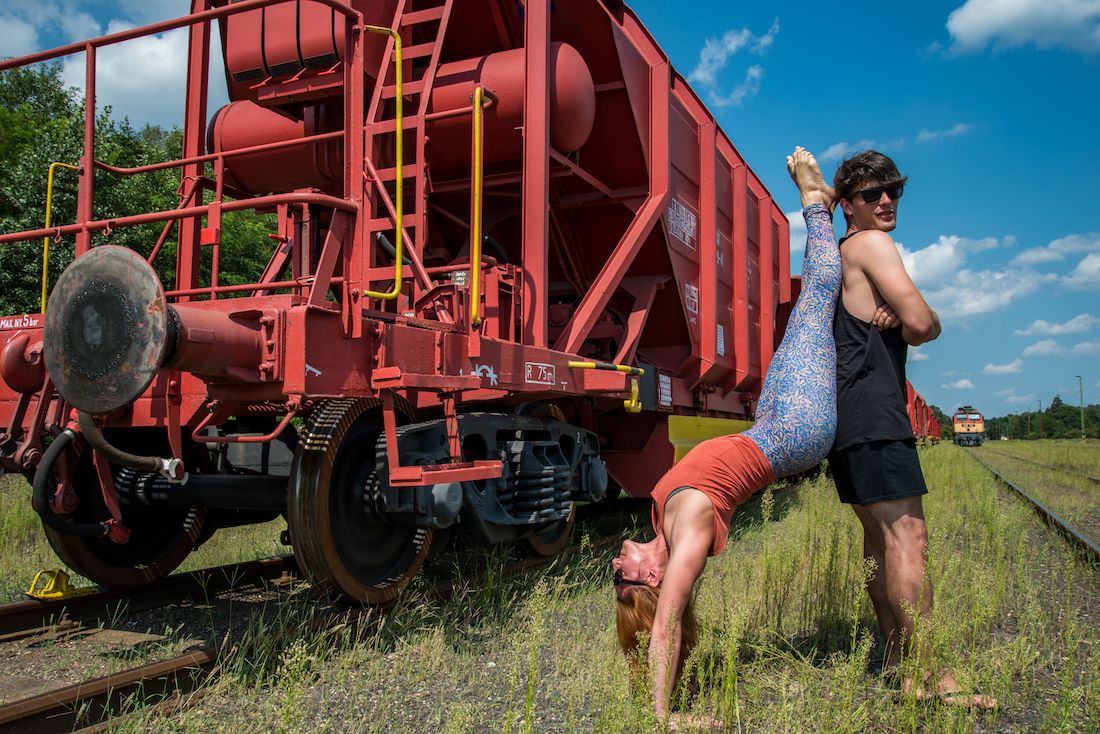 handstand-orange-locomotive